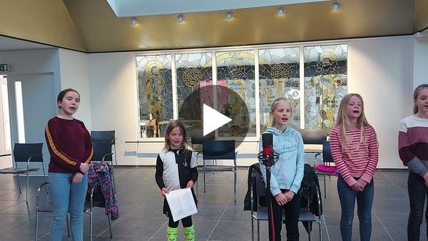 ROELOFARENDSVEEN - Opname repetitieavond Kinderkoor Little Stars (video)