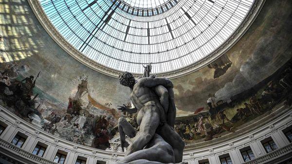 Pinault-Museum in Paris eröffnet: ein monumentaler Tempel der Kunst