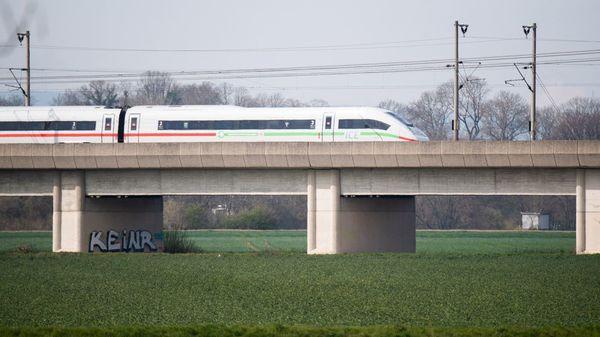 Schnellere ICE auf besseren Gleisen: Die Bahn will mehr Tempo