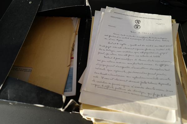 Dossier envoyé par le Professeur Le Ruz.