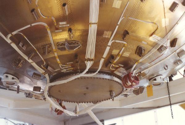 Dummy Centaur rocket tank wired by newsletter reader Dave Porter.
