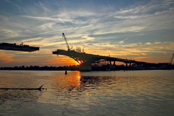 Bridge over the Volga. Photo: Miroslav Fedurco, flickr.com, (CC BY-NC 2.0).