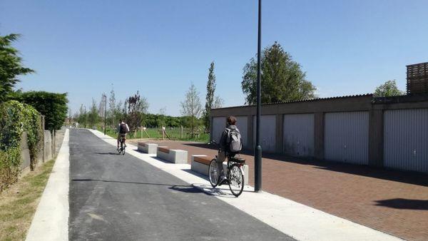 Ouverture d'une piste cyclable intelligente à travers le Suikersite à Veurne - Slim fietspad door Suikersite in Veurne geopend