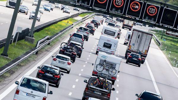 Steigende Ölpreise: Deutschlands Autofahrern droht ein teurer Sommer