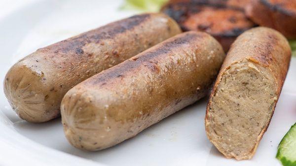 """""""Öko-Test"""" nimmt vegetarische Würstchen unter die Lupe: Fast die Hälfte der Produkte fällt durch"""