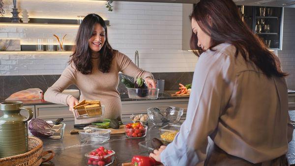 Kochen im Ferienhaus: Coole Rezepte und wichtige Zutaten fürs Gepäck