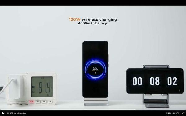 Xiaomi lancia la ricarica lampo: batteria dello smartphone al 100% in otto minuti