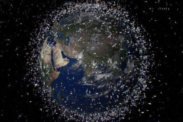 Detriti spaziali, un problema non solo economico: nodi geopolitici e possibili soluzioni | Agenda Digitale