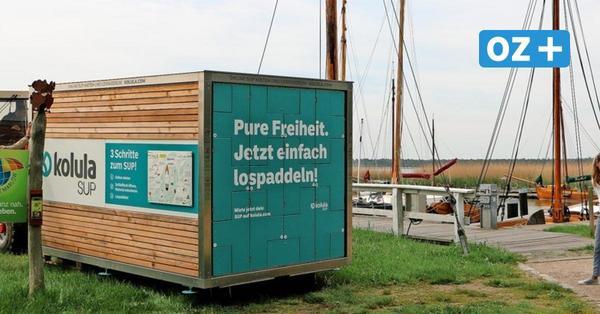 Am Hafen Wieck können Standup-Boards aus einem Automaten geliehen werden