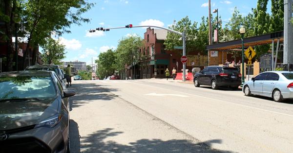 Patrons, business owners welcome back Westport security screenings