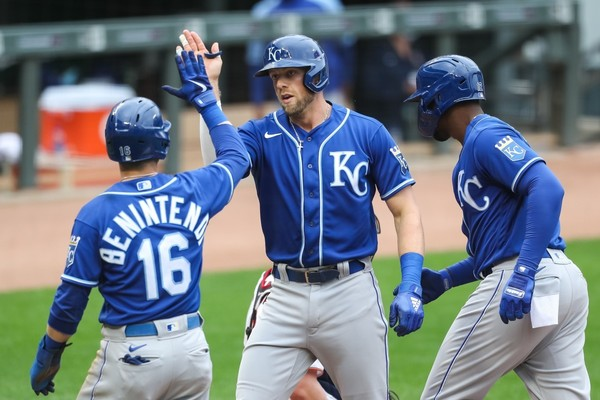 Contenders or Pretenders? How the Kansas City Royals Look Heading Into the Midway Point of the Season - Sports Illustrated Kansas City Royals News, Analysis and More