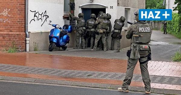 Erste Informationen über den möglichen Todesschützen: Polizei fahndet nach Rinor Z. aus Langenhagen