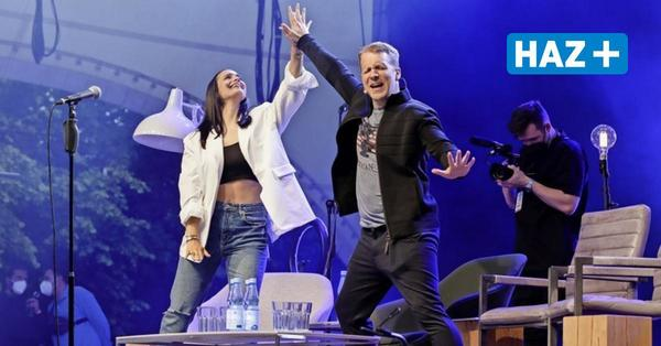 Auftakt der Back-on-Stage-Reihe: Die Pochers lästern und tanzen auf der Gilde Parkbühne
