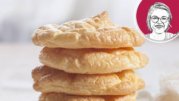 """Wolkenbrot: Rezept für das trendige, fluffige und bunte """"Cloud Bread"""" zum Selberbacken"""