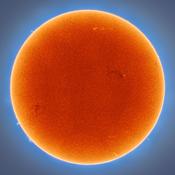 A 40 megapixel image of the Sun captured by Andrew McCarthy