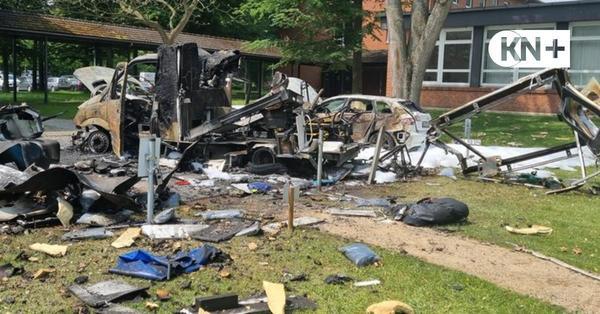 16 Verletzte nach Feuer und Expolsion von Rettungswagen in Bad Segeberg