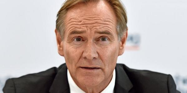 Städtetagspräsident Burkhard Jung warnt vor höheren Preisen bei Bussen und Bahnen