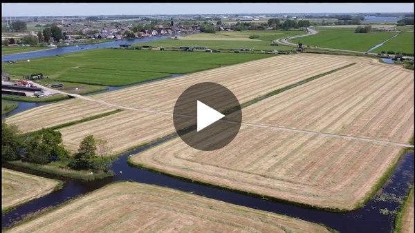 HOOGMADE - Dronebeelden van velden met kuilgras rondom het dorp (video)