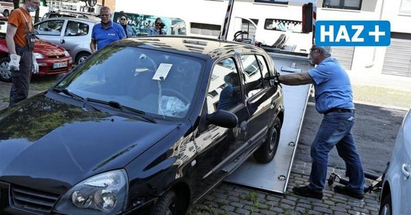 Jahrelang im Auto gelebt: Alter Wagen von Hannoveranerin sollte zum Schrottplatz