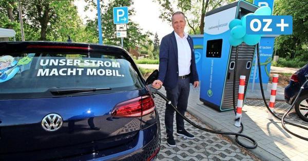 Wismarer Pendlerparkplatz an A 20 jetzt mit Schnellladesäule für E-Autos