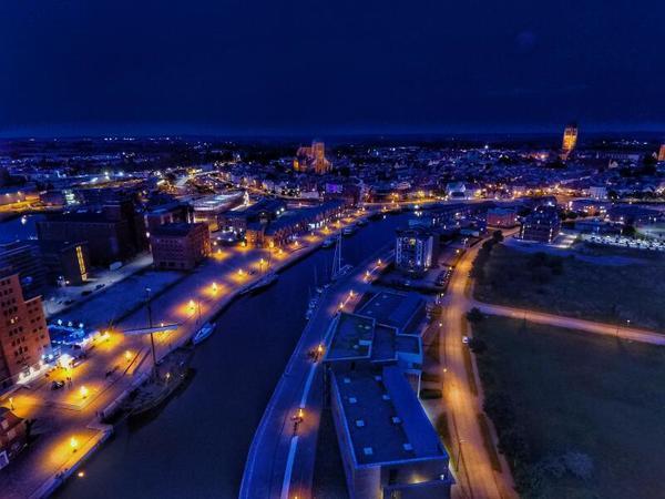 Wismar bei Nacht  (Foto: Danny Winkler)