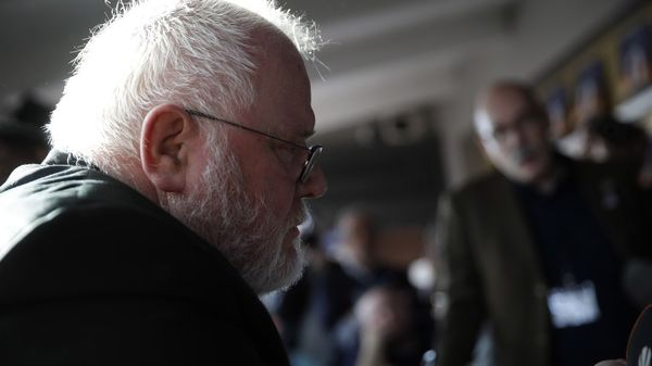 """Papst lehnt Rücktritt von Kardinal Marx ab: Bischof Bätzing ist """"erleichtert"""""""