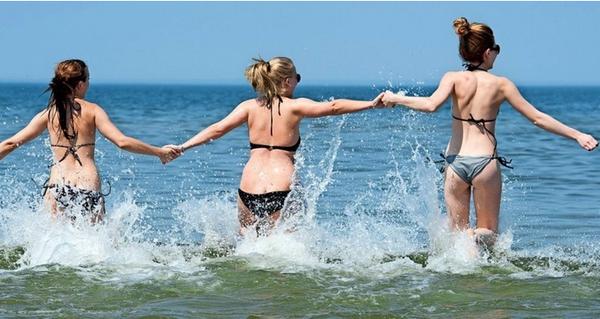 Urlaub in MV: Diese 12 Regeln sollten Sie beim Baden in der Ostsee kennen