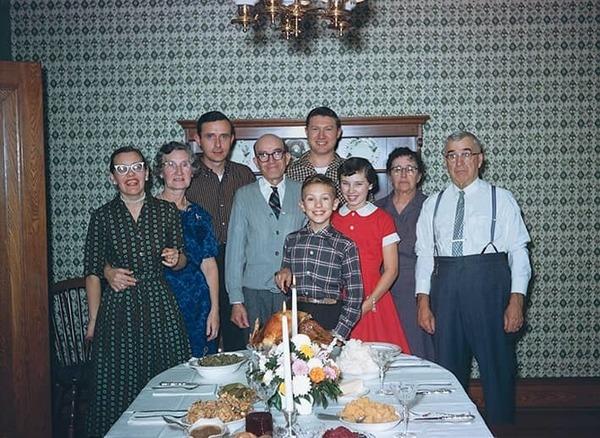 Wie weet het beter: de ouder of de grootouder?