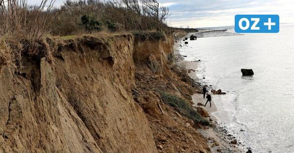Bei Spaziergang: Urlauber stirbt am Strand in Ahrenshoop