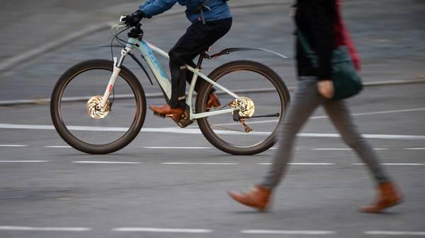Verkehrssicherheit: Mit dem falschen E-Bike wird's schnell gefährlich
