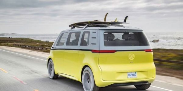 """🟣 Evan Kirstel $B2B on Twitter: """"What would you pay for autonomous driving? #Volkswagen hopes $8.50 per hour 