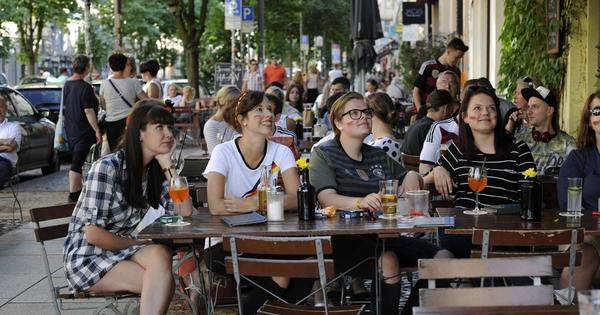 Public Viewing in Berlin: Hier können Sie den EM-Sommer genießen