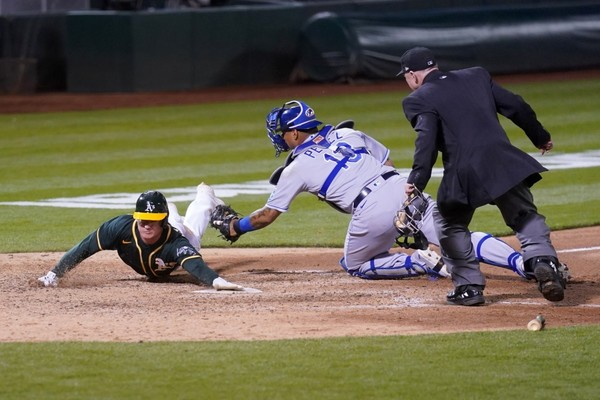 Three Takeaways From the Kansas City Royals' 4-3 Loss to the Oakland Athletics - Sports Illustrated Kansas City Royals News, Analysis and More
