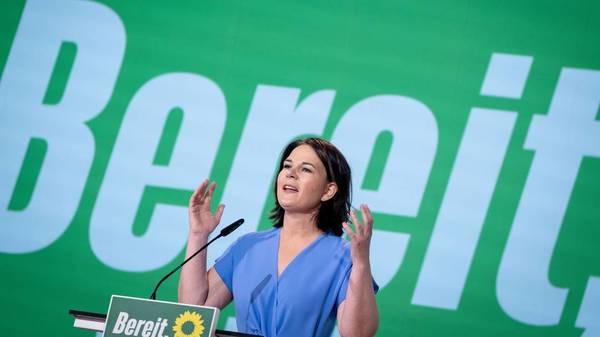 Grünen-Parteitag: reden, stolpern, weitermachen