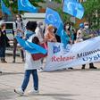 Uiguren fordern von VW bei Protest in Wolfsburg Kampf für Menschenrechte in China