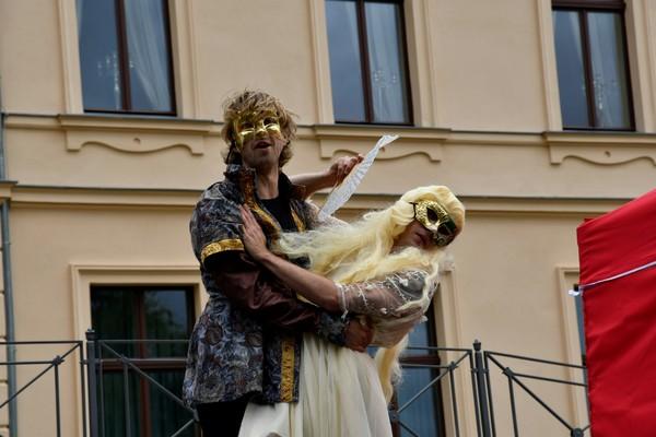 Maskenpflicht im Shakespearestil gab es 2020 zu sehen. (Foto: Ulrich Hansbuer)