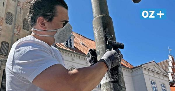 Straßenlampen werden gereinigt: Greifswald sagt Hansa-Stickern und Co. den Kampf an