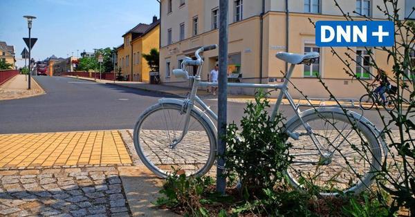 Radebeul: Warum steht ein weißes Fahrrad auf der Gartenstraße?