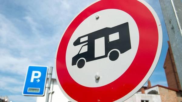 ADAC gibt Überblick: Hier kann man mit Wohnmobil und Caravan parken