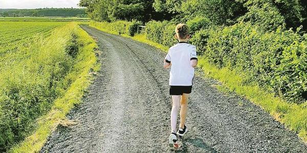 """Noch bis zum 11. Juli heißt es an der IGS Schaumburg """"Einmal um die ganze Welt ..."""" Mitglieder der Schulgemeinschaft können Kilometer machen, indem sie Freizeitaktivitäten auflisten, die der Fortbewegung dienen."""