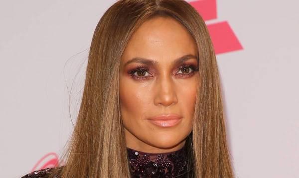 Jennifer Lopez looks like a real-life Barbie doll in poolside photo   HELLO!