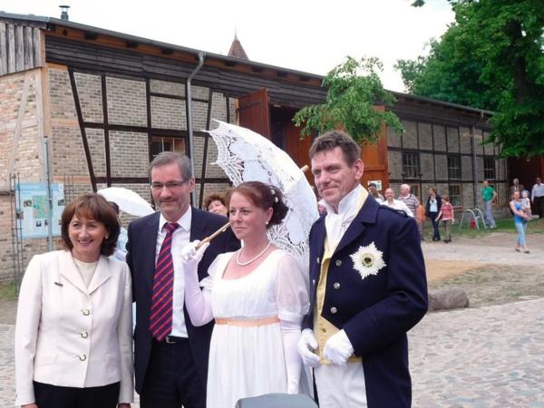 Eröffnung der Scheune mit Ministerpräsident. (Foto: Archiv)