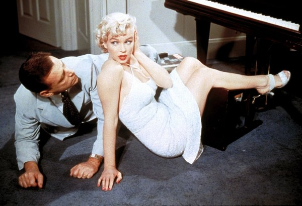 Marilyn Monroe's Giant Underpants Are Causing a Stir in Palm Springs