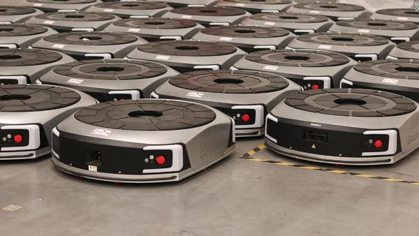 This swarm of robots gets smarter the more it works