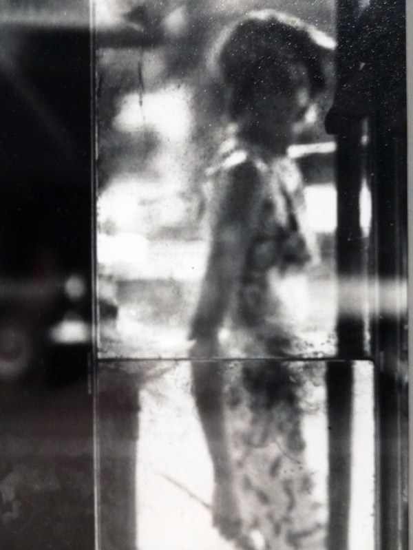 Saul Leiter, untitled, 1950s. Yes, Leiter is my favorite photographer of all time. I never tire of his work.
