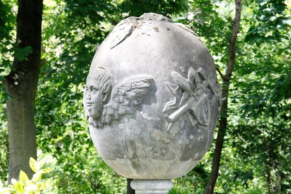 Gedenkstein für einen besonderen Menschen. (Foto: Marlies Schnaibel)