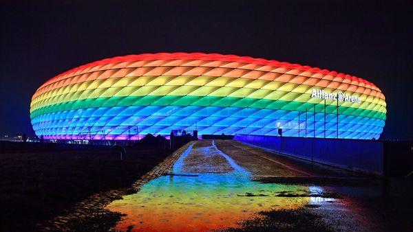 Arena ohne Regenbogenfarben: UEFA sagt Nein