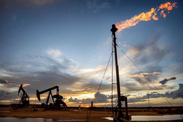 New Mexico oil output at record levels after crash