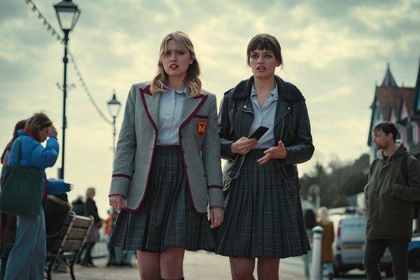 Empieza un nuevo curso en 'Sex Education': La temporada 3 ya tiene fecha de estreno en Netflix
