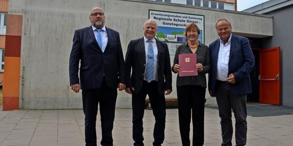 Schulneubau auf Rügen: Für scheidenden Schulleiter erfüllt sich ein Traum